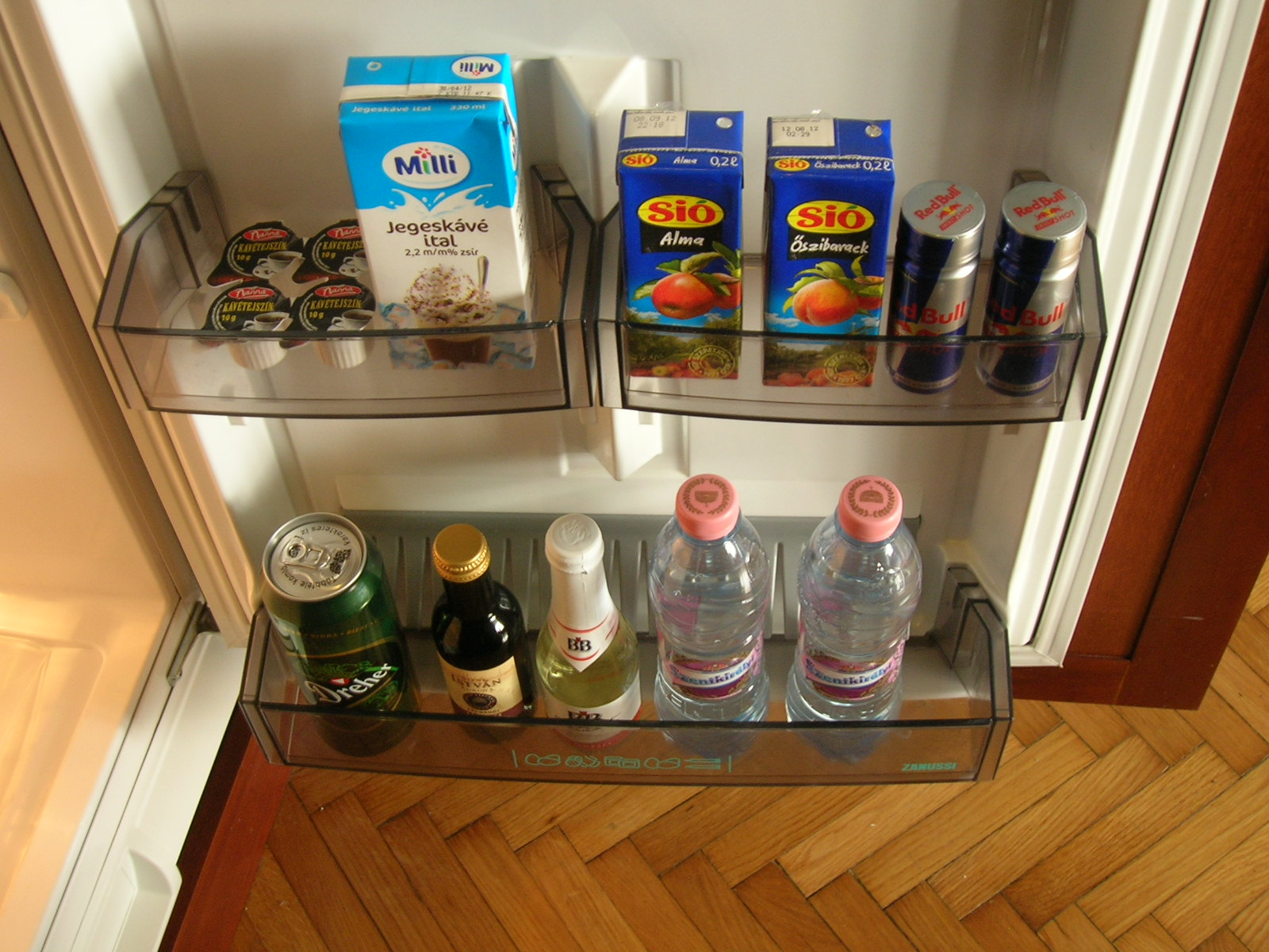 Hello Budapest Apartman - Free of charge mini bar