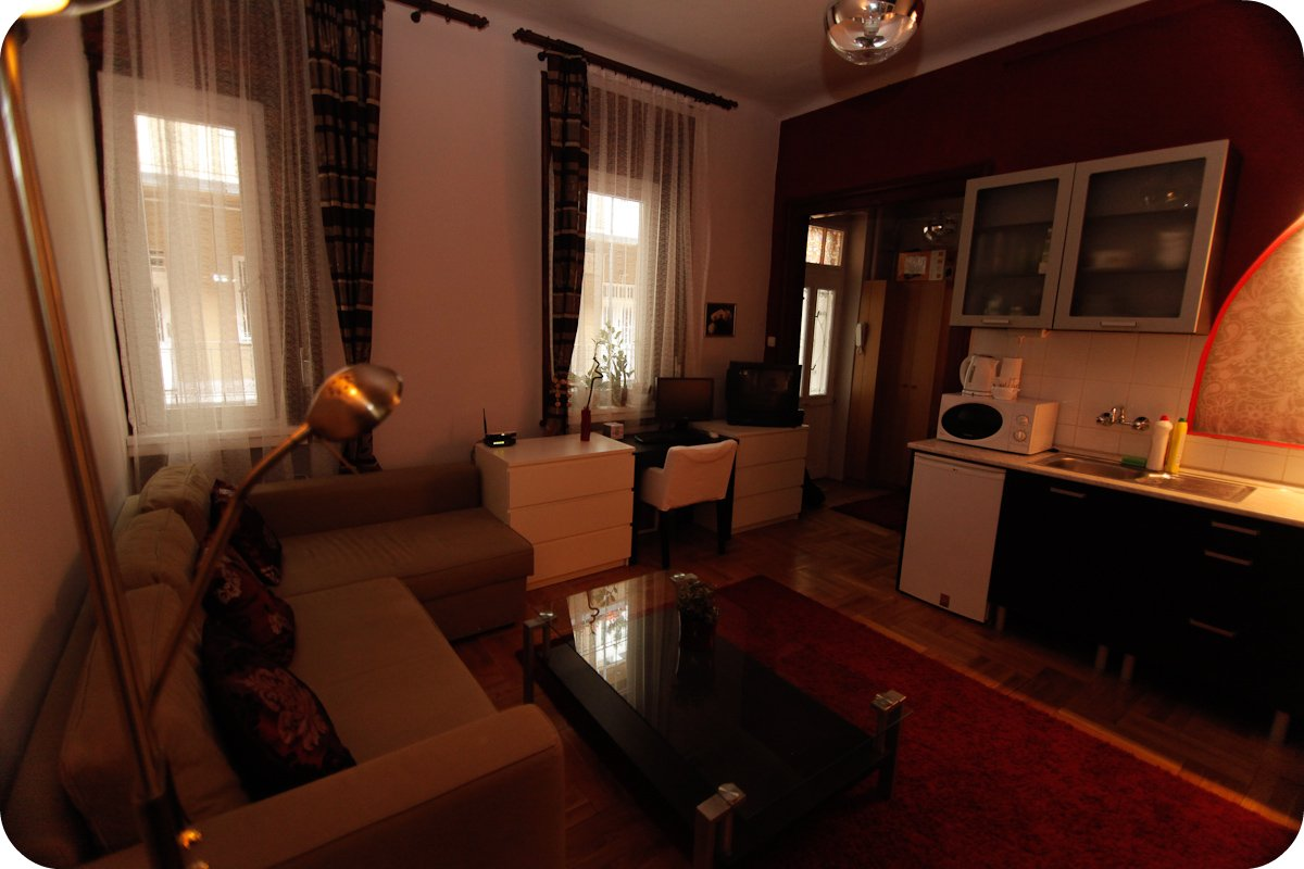 Comedy Theatre Apartman Budapest - Living room